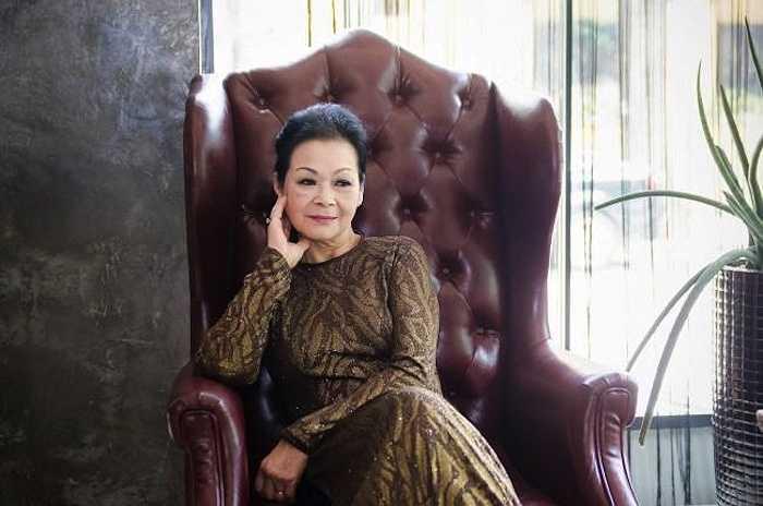 Khánh Ly chia sẻ, được về Việt Nam biểu diễn là mơ ước lớn nhất trong trái tim của bà. Và phải tới năm ngoái (2014) bà mới có cơ hội biến giấc mơ của mình thành hiện thực.  (Nguồn: Dân Việt)