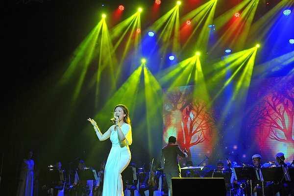 'Tôi cũng rất vinh dự nhận được lời mời và tham gia biểu diễn trong lễ chào mừng sinh nhật lần thứ 83 của Hoàng hậu Thái Lan'