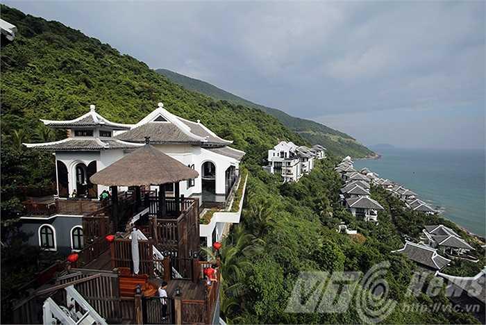 Khu nghỉ dưỡng InterContinetal Danang Sun Peninsula đã trở thành ngôi nhà của các loài linh trưởng quý hiếm trên núi Sơn Trà (Đà Nẵng)