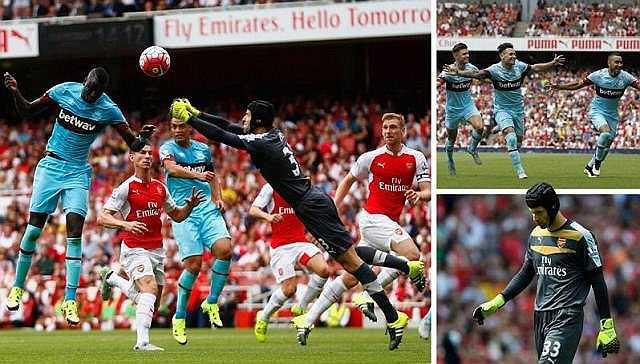 Với hai pha bắt bóng không đúng như đẳng cấp của một thủ môn hàng đầu thế giới, Petr Cech đã khiến Arsenal nhận thất bại ngay trận đầu ra quân Premier League 2015-16