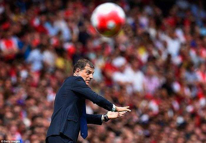 Trong trận đấu này, West Ham giành chiến thắng một phần nhờ chỉ đạo chiến thuật hợp lí của Slaven Bilic - cựu HLV trưởng Croatia