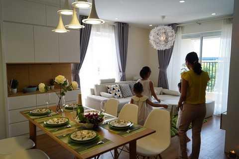 Dự án gồm 3 tòa chung cư H, J, K cao 25 tầng, mỗi tầng gồm 9 căn hộ với diện tích từ 55m2 – 112m2, mỗi căn hộ có từ 2 - 4 phòng ngủ được bố trí hợp lý và 2 nhà vệ sinh với đầy đủ tiện ích, đáp ứng tối đa nhu cầu sử dụng của cư dân.
