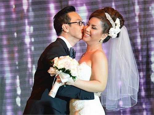 Diệp Nghi Keith, sinh năm 1976, là cái tên còn khá xa lạ với khán giả Việt Nam. Tuy nhiên, trong cộng đồng người Việt tại Mỹ, Diệp Nghi Keith được biết đến khá nhiều với vai trò là chồng của nữ ca sĩ hạng A hải ngoại – Minh Tuyết. Minh Tuyết cũng là em gái của nữ ca sĩ Hà Phương và Cẩm Ly.