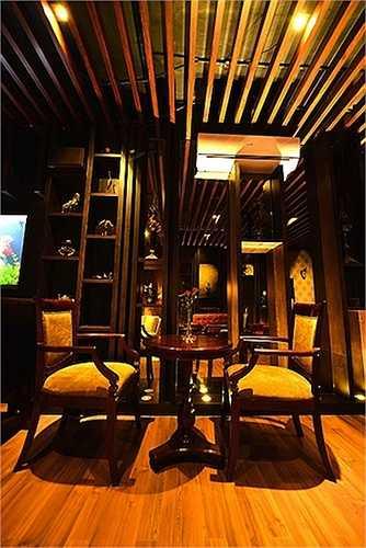 Với một vị trí đắc địa, đắt đỏ và sầm uất bậc nhất Sài Gòn, ở thời điểm đó, tòa nhà được xác định có trị giá xấp xỉ 100 tỷ VNĐ.