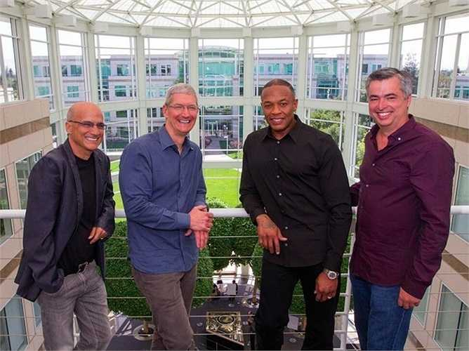 Tháng 5/2014, Apple mua lại Beats với giá trị lên tới 3 tỷ USD. Đây được coi là bước đi chiến lược vô cùng quan trọng của gã khổng lồ công nghệ, mở đường tiến vào bản đồ âm nhạc quốc tế với Apple Music