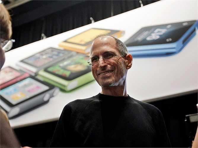 Steve Jobs từng nói với Iovine: 'Ông biết không, ông là một trong số ít những người - hay có thể nói là người duy nhất có thể phát triển phần mềm và thiết kế cả phần cứng của các sản phẩm'