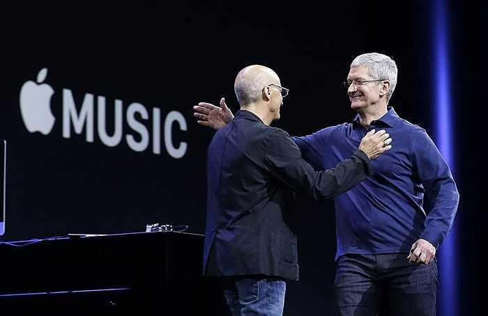 Hiện nay, Jimmy Iovine đang tập trung phát triển Apple Music và hứa hẹn sẽ đưa dịch vụ này trở nên phổ biến nhiều hơn trong tương lai