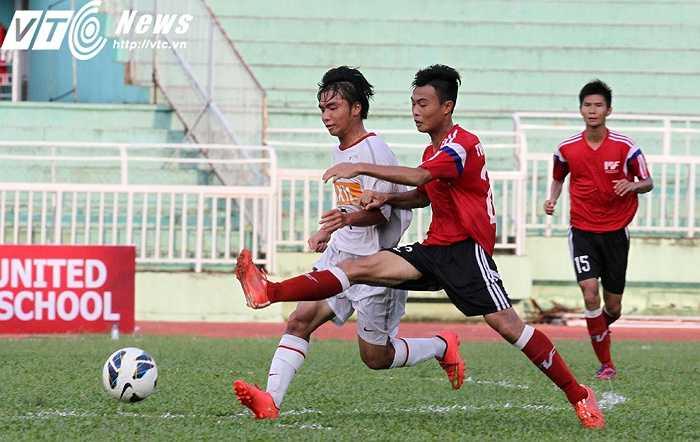 20 phút còn lại của trận đấu, U18 PVF dồn toàn lực tấn công (Ảnh: Hoàng Tùng)