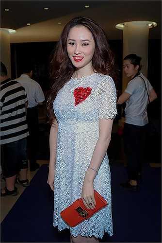 Ngắm Thái Như Ngọc xuất hiện tại sự kiện tối qua.