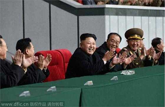 Chủ tịch Kim Jong-un tới xem trận thi đấu bóng đá nữ giữa đội tuyển nước này ở sân vận động mùng 1/5