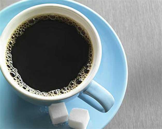 13. Đồ uống nóng như nước chè và cà phê
