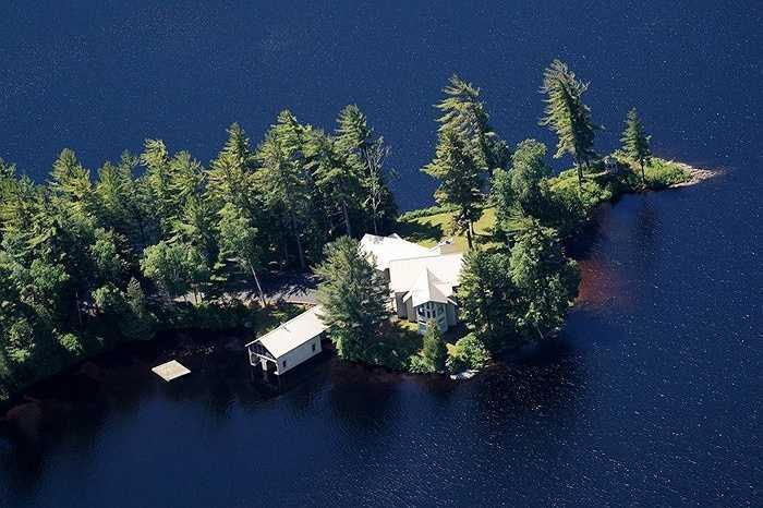 Cách đây không lâu, Jack Ma đã chi 23 triệu USD mua khu bất động sản Brandon Park,ở Adirondacks của New York.