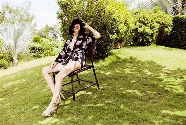 Trong bộ ảnh mới, Á hậu cuộc thi Hoa hậu người Việt thế giới 2013 Trà Giang toát lên vẻ đẹp sexy quyến rũ khi diện trang phục bikini.