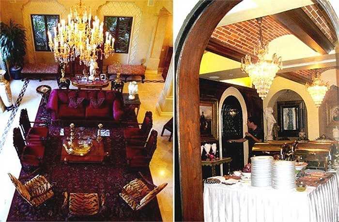 Nhiều đồ nội thất trong nhà dát vàng xa hoa, sang trọng. Các chi tiết trang trí, đèn chùm đều cầu kỳ, theo kiểu hoàng gia.