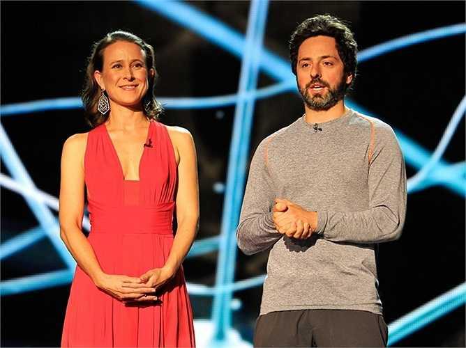 Brin kết hôn với Anne Wojcicki, Tổng Giám đốc công ty Di truyền học 23andMe, năm 2007.