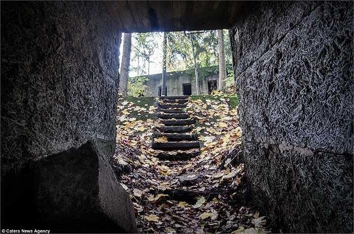 Sau 72 năm, mục đích xây dựng hệ thống hầm ngầm này của Phát xít Đức vẫn chưa được tiết lộ