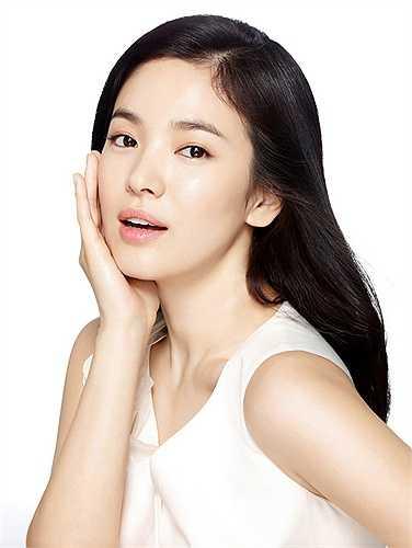 Song Hye Kyo được ví như 'viên ngọc' của làng giải trí Hàn.