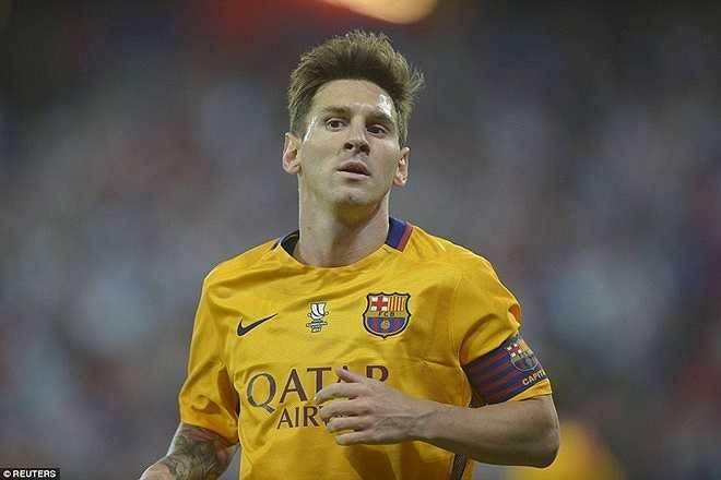Nỗi thất vọng hằn trên gương mặt siêu sao 28 tuổi khi anh không thể giúp Barca giành lợi thế cho trận lượt về tại Nou Camp.