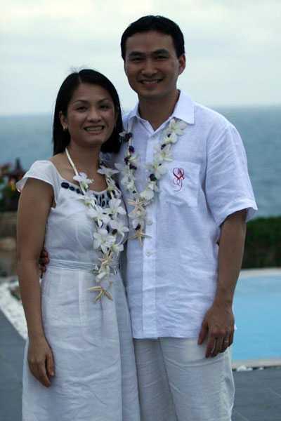 Sau cuộc hôn nhân đổ vỡ với Thái Giang, nam diễn viên tái hôn với người vợ thứ hai Hồng Loan và đón con trai đầu lòng.