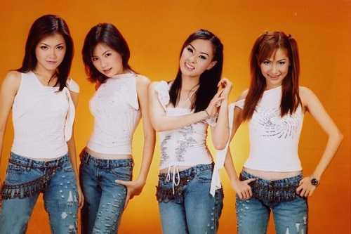 4 thành viên đâu tiên của nhóm Mắt Ngọc.