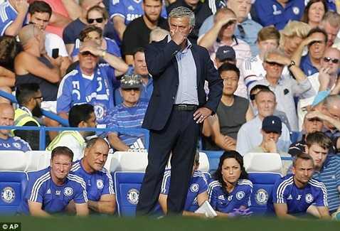 Mourinho rất cần 3 điểm tối nay