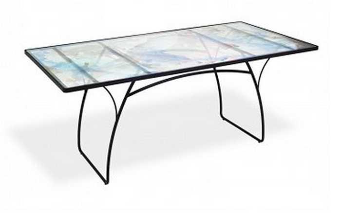 Chiếc bàn kính Abcdna Oshun Glass Dining Table có giá 7,995 triệu USD (tương đương 175 tỷ đồng).