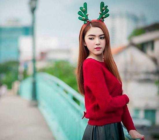 Nữ sinh rất vui và tự hào khi mang dòng máu Việt Nam.