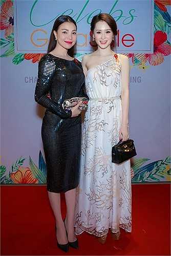 Trà Ngọc Hằng chọn một 'cây đen' kín đáo, thì Thái Như Ngọc lại diện thiết kế nằm trong bộ sưu tập hè 2015 của Valentino.