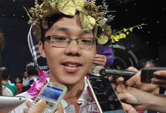 Chàng trai đến từ Quảng Trị cũng cho biết, kỷ niệm nhớ nhất trong suốt quá trình thi Đường lên đỉnh Olympia là lần đi chơi với các bạn trước ngày chung kết.