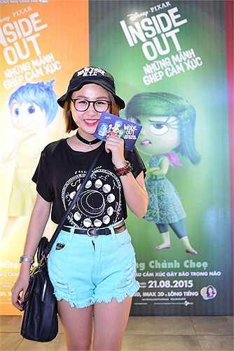Thiện Thanh - cô con gái dễ thương của Thanh Lam và Quốc Trung nhí nhảnh dự buổi ra mắt phim Inside out - Những mảnh ghép cảm xúc.