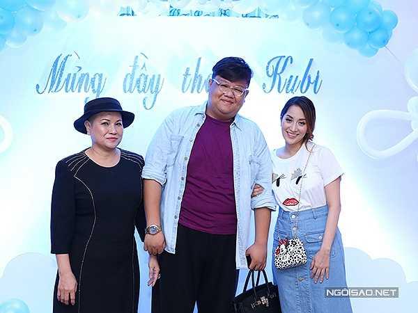 Vương Khang (giữa) cũng là người em mà Khánh Thi yêu mến.