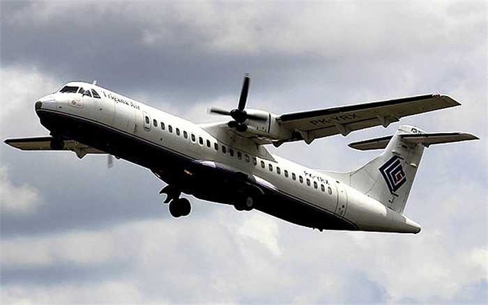Chiếc máy bay gặp nạn của Trigana Air đã bay từ năm 1990, tức khoảng 25 khai thác sử dụng