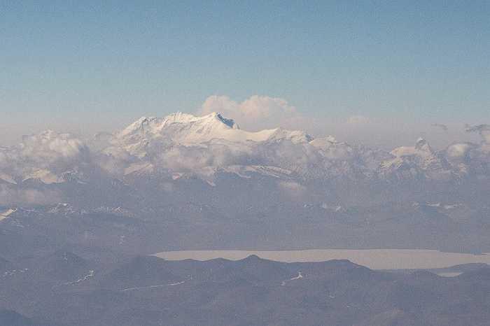 Gangkhar Puensum là ngọn núi cao nhất Bhutan đồng thời là ngọn núi chưa được chinh phục cao nhất với độ cao 7,570m