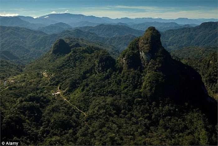 Khu vực Papua có địa hình phức tạp, thời tiết diễn biến thất thường
