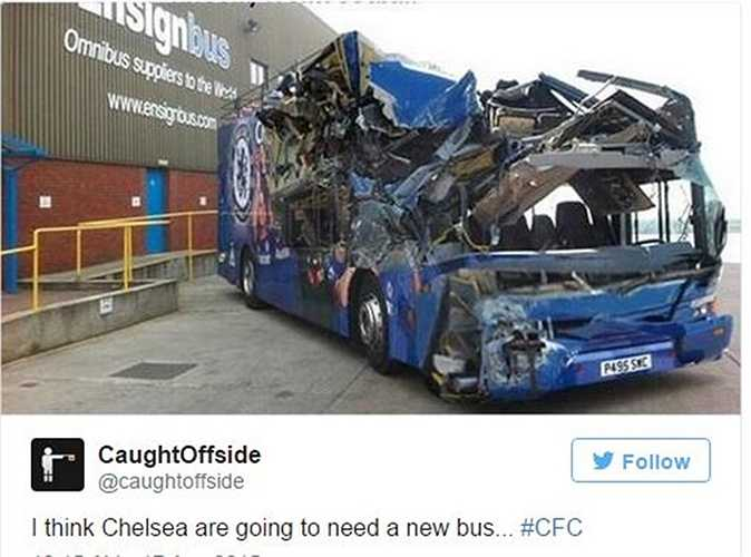 Chiếc xe buýt Chelsea vỡ vụn. Có lẽ nhà cầm quân người Bồ phải sắm một cái mới