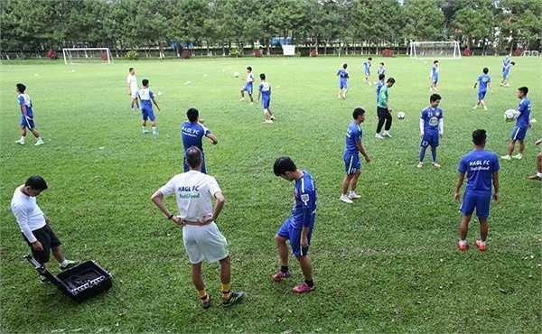 Đồng Nai hạ đội bóng đang xếp thứ 2 V-League là FLC Thanh Hóa 5-2 để leo lên vị trí thứ 12. (Ảnh: Minh Trần)