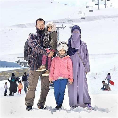 Để thoát khỏi nắng nóng mùa hè, nhiều gia đình giàu có ở Trung Đông đã tìm tới vùng núi An Pơ (Thụy Sĩ) để tránh nóng