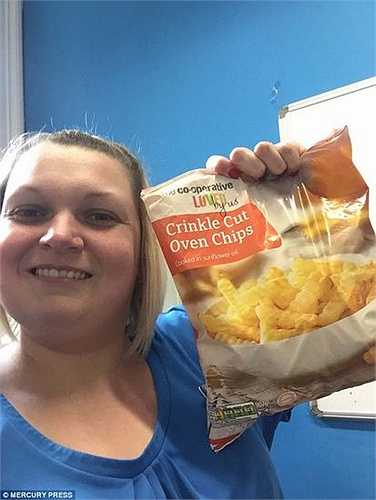Arlene Mounce, một nhân viên ngân hàng sống tại Irvine, Ayrshire (Anh) không thể nhớ mình bị mắc chứng ám ảnh với thức ăn từ lúc nào, mà chỉ nhớ mình đã sống sót nhờ khoai tây, bánh mỳ, bánh kem từ năm 4 tuổi.