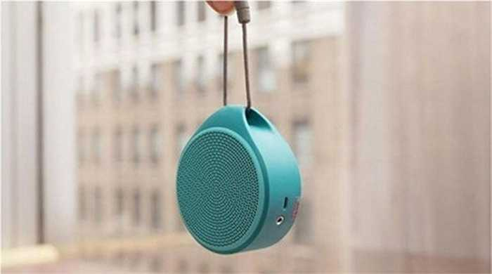 Loa Logitech X100 Bluetooth. Chỉ cần bỏ ra 40 USD, bạn sẽ có thể sở hữu chiếc loa Bluetooth di động, đối với những người sử dụng quen nghe nhạc bằng việc sử dụng điện thoại thông minh hoặc máy tính bảng, thì Loa Logitech X100 Bluetooth là một sự lựa chọn không tồi.