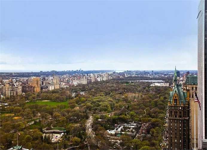 Cấu trúc hình chữ L hướng ra toàn cảnh công viên trung tâm là điểm nhấn đáng giá nhấtcủa căn biệt thự