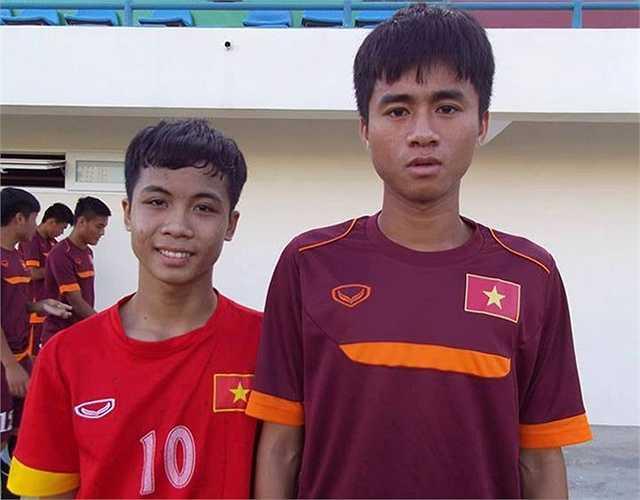Trước đó, cộng đồng mạng xôn xao với bản sao Công Phượng trên sân tập của U19 Việt Nam. Đó là fan Bùi Thanh Bình, sinh năm 2000, đang học lớp 10 tại trường THPT Việt Nam - Ba Lan. (Ảnh: Zing)