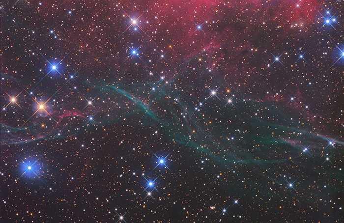 Sau đó, ông thường xuyên tới Namibia, một quốc gia thuộc phía tây nam châu Phi, để chụp ảnh bầu trời tại phía nam sa mạc Kalahari.