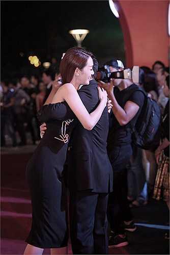 Khánh My đã có mặt tại buổi ra mắt phim 'Hy sinh đời trai' của nam diễn viên Trần Bảo Sơn.