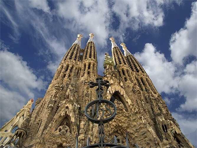 17. Barcelona - Thành phố có thứ hạng cao nhất của Tây Ban Nha, và xếp thứ 31 trên toàn cầu trong năm nay.