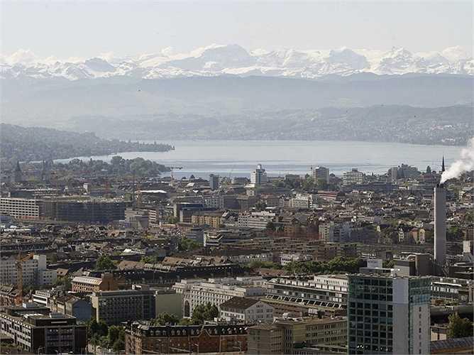 3. Zurich - thành phố của Thụy Sĩ được vinh dự nằm trong top 3 của bảng xếp hạng này.