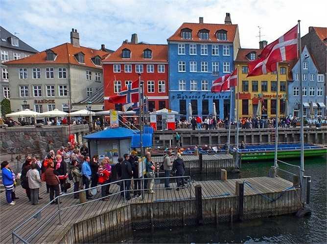 8. Copenhagen - thành phố của Đan Mạch và cũng là đại diện duy nhất của Đan Mạch trong top 50 những thành phố đáng sống nhất thế giới, xếp thứ 22.