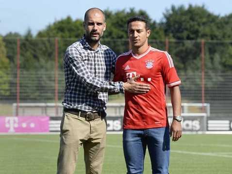 Thiago Alcantara lật kèo Man Utd để sang Munich
