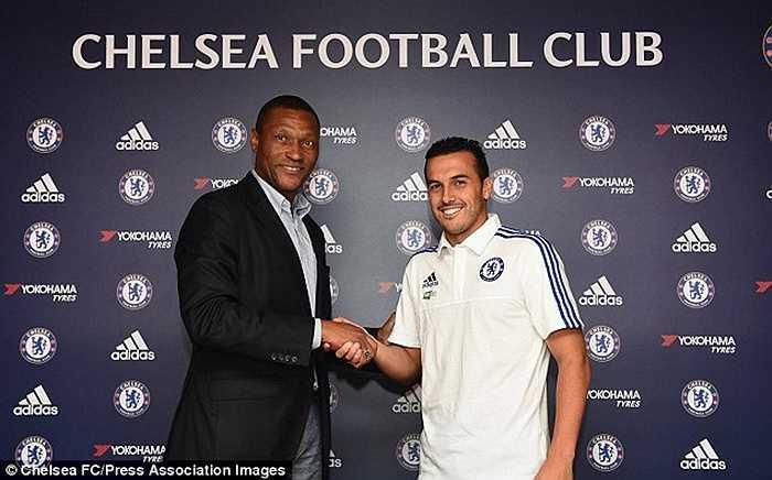 Pedro chuyển đến Chelsea với mức giá 21 triệu bảng