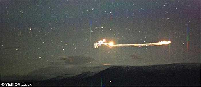 Vệt sáng Hessdalen xuất hiện ở Na Uy một cách bí ẩn khoảng 10-20 lần mỗi năm