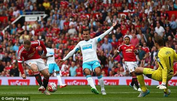 Rooney không thể ghi bàn